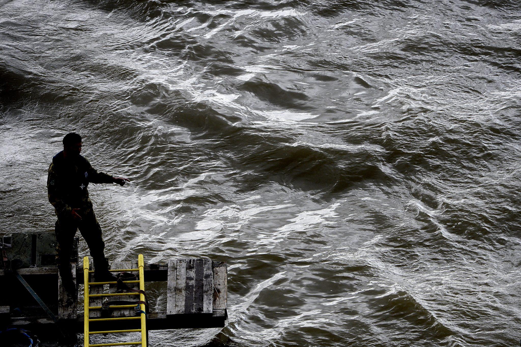 Österreichische Taucher helfen nach Schiffstragödie post's picture