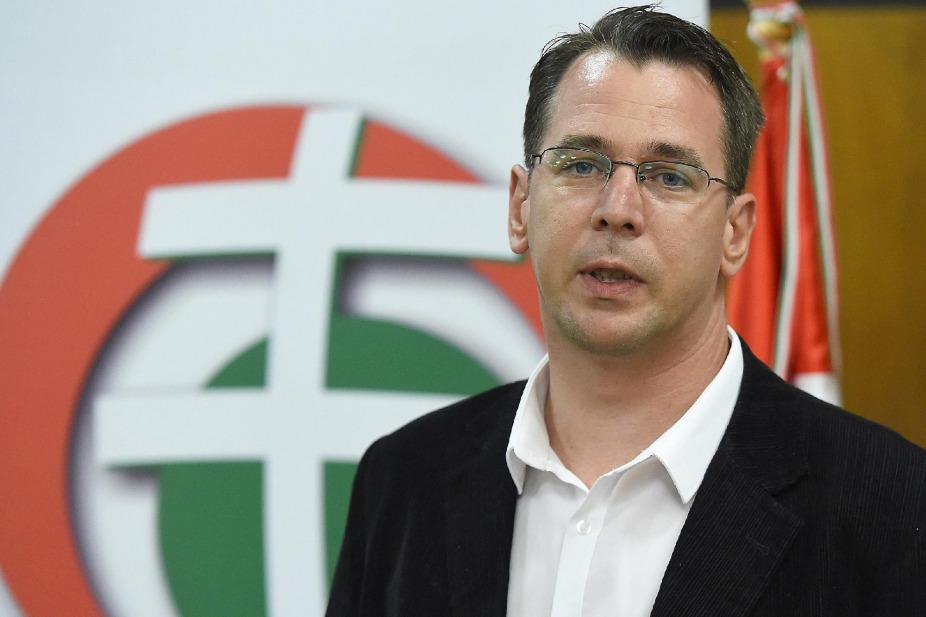 Bürgermeister von Eger verlässt Jobbik post's picture