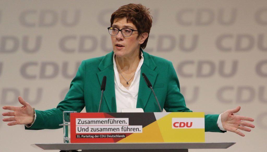 CDU-Chefin erwartet den Austritt von Fidesz aus der EVP post's picture