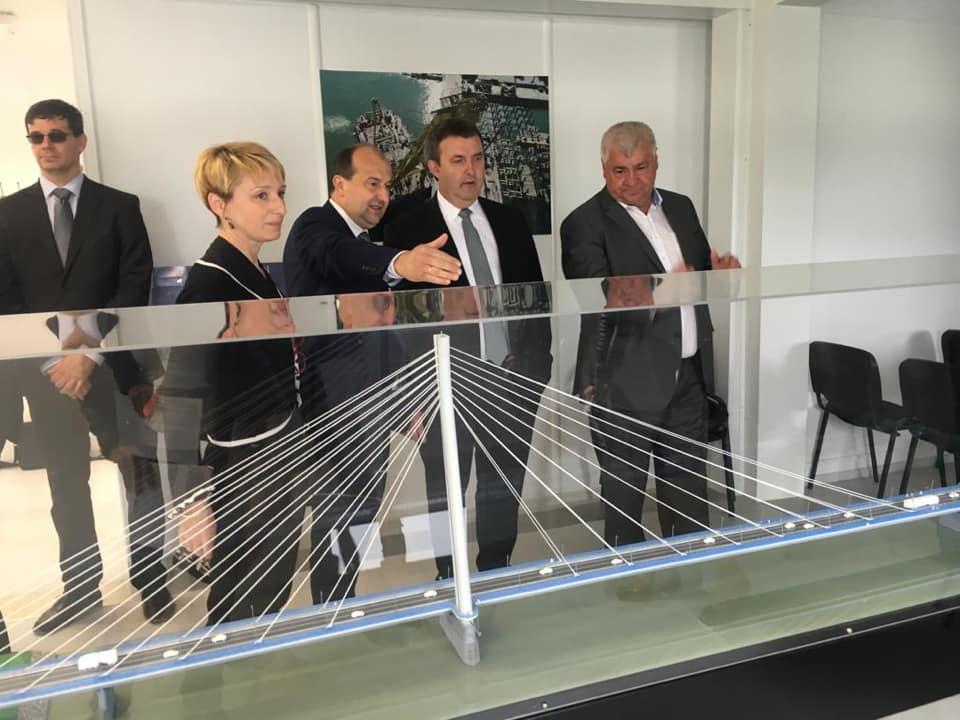 Neue Brücke zwischen Ungarn und der Slowakei post's picture