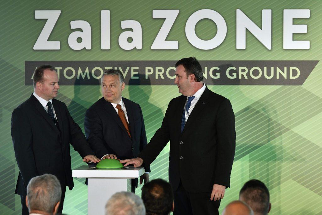 Orbán eröffnet Teststrecke für selbstfahrende Fahrzeuge in Zalaegerszeg post's picture