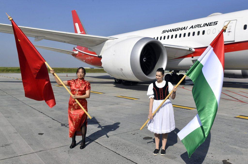 Erster Direktflug von Shanghai nach Budapest