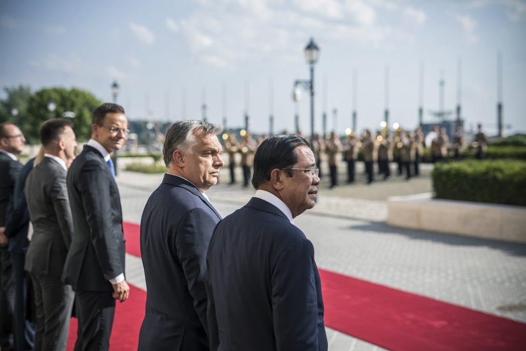Orban trifft Premierminister von Kambodscha post's picture