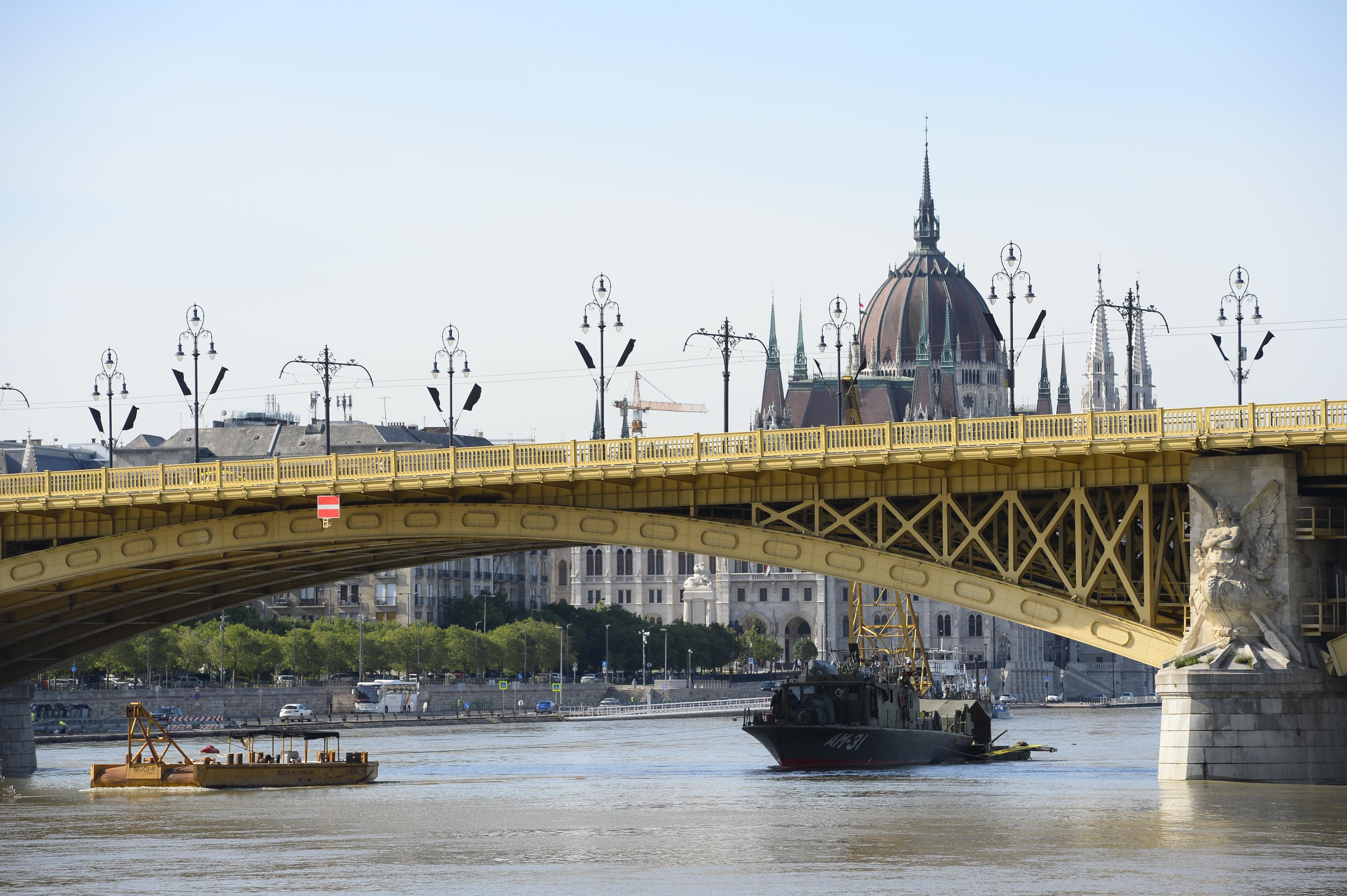 Schiffsunglück: Leiche 100 km südlich von Budapest gefunden post's picture