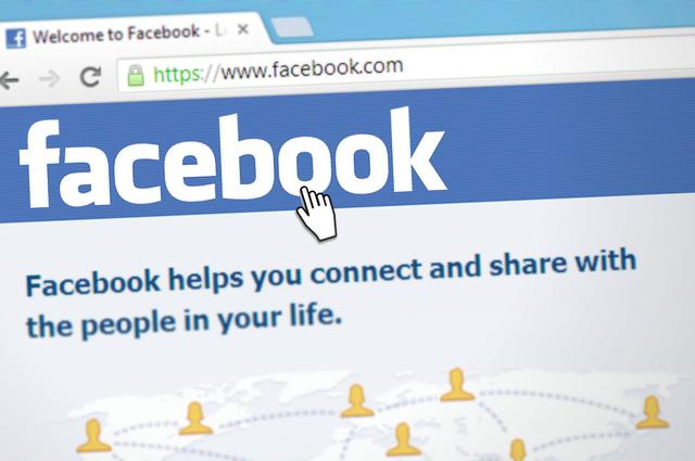 Facebook sperrt zahlreiche ungarische Nutzer