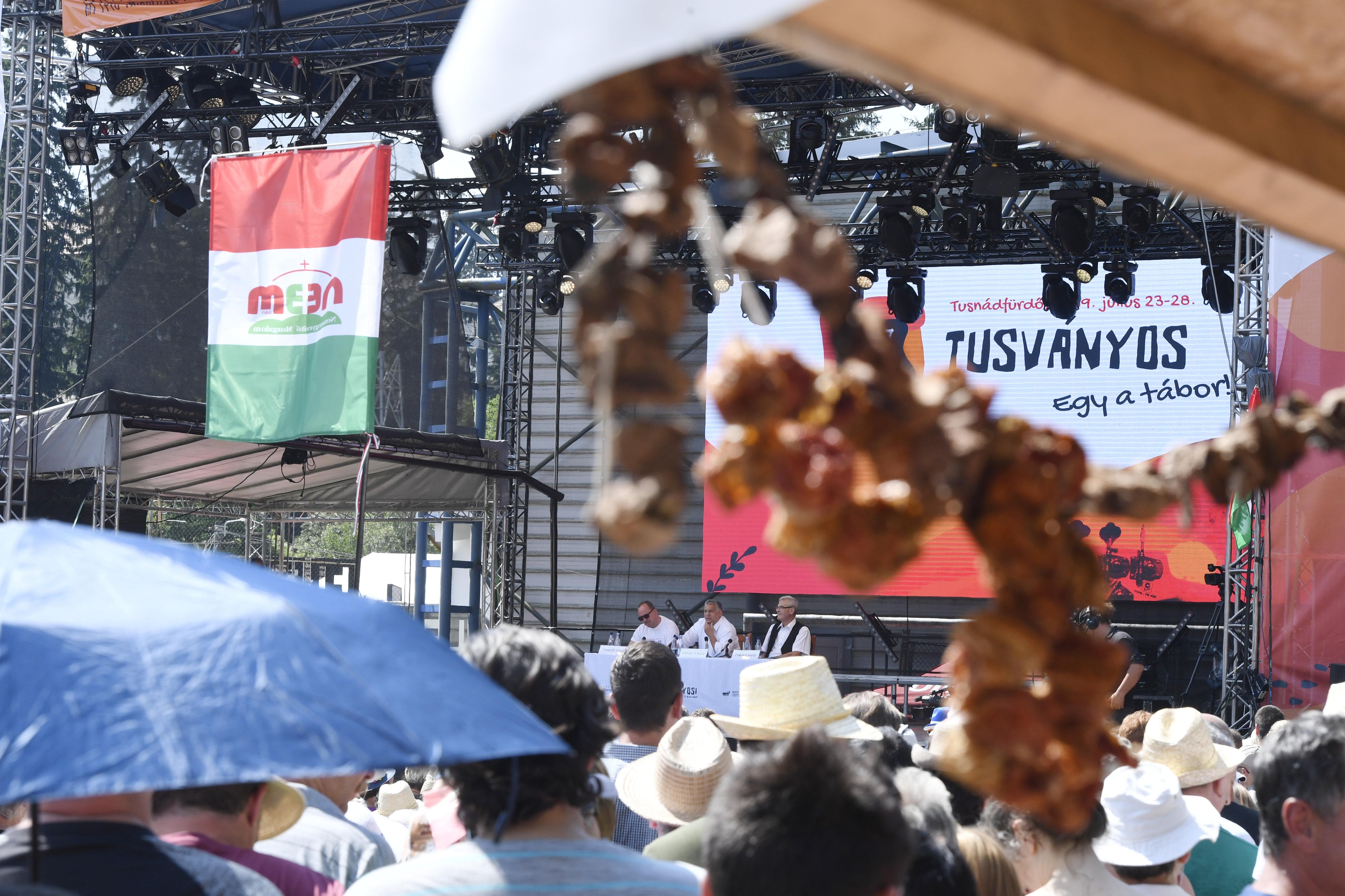"""Presseschau von budapost: """"Orbáns alljährliche Rede in Siebenbürgen"""" post's picture"""