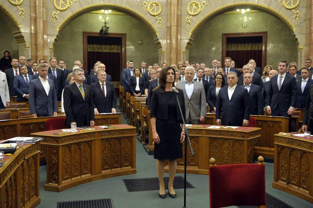 Amtseid: Judit Varga ist die neue Justizministerin