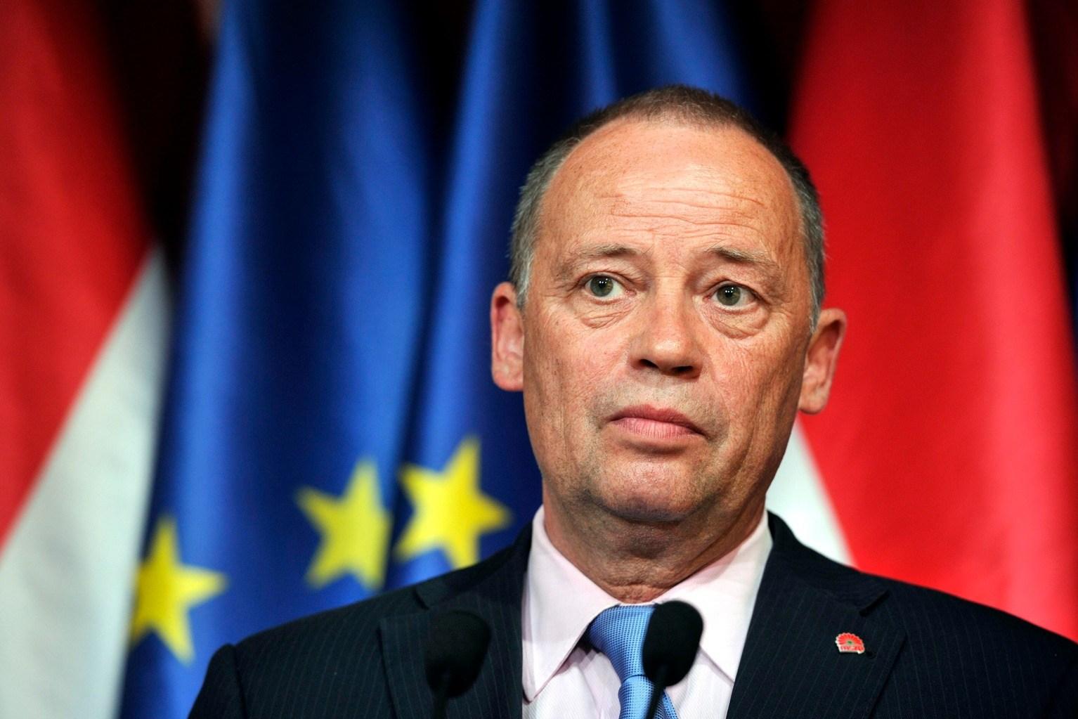 MSZP zieht Szanyi vom Posten des stellvertretenden Vorsitzenden zurück post's picture