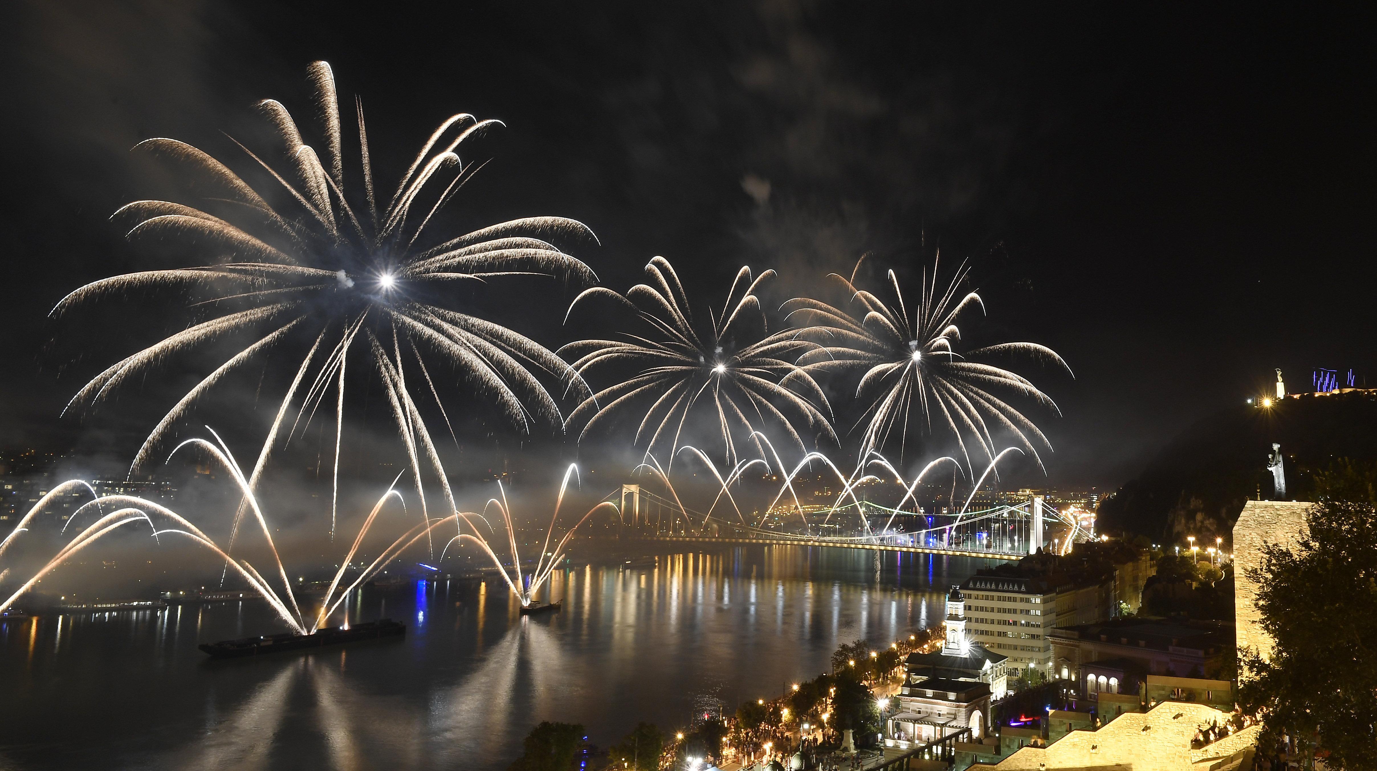 Nationalfeiertag: Ungarn gedenkt der Staatsgründung – Galerie! post's picture