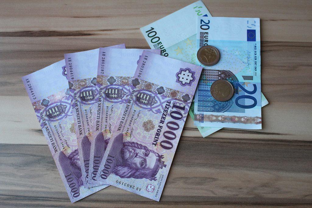 Forint erreicht neues Rekordtief post's picture