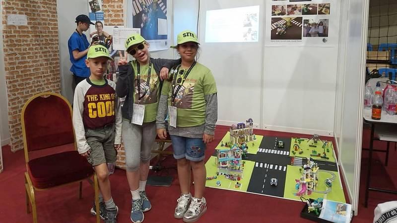 """Ungarische Schulkinder gewinnen die """"World Robot Olympiade"""""""