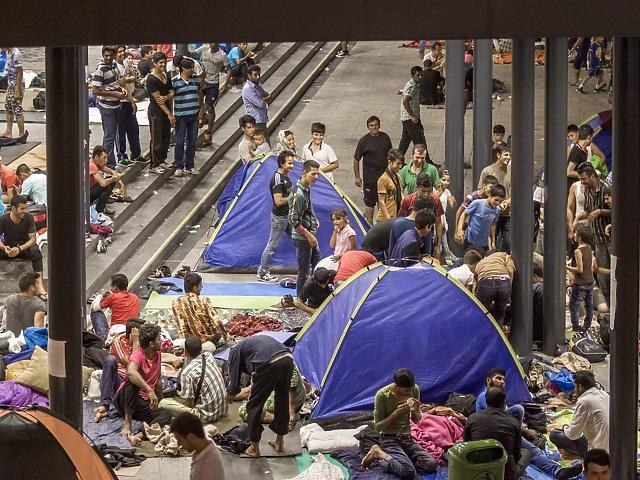 Presseschau: ZDF für Dokudrama über die Migrantenkrise 2015 kritisiert post's picture