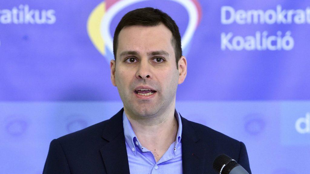 """Oppositionsparteien: Trócsanyi """"für jede Kommissionsstelle ungeeignet"""" post's picture"""