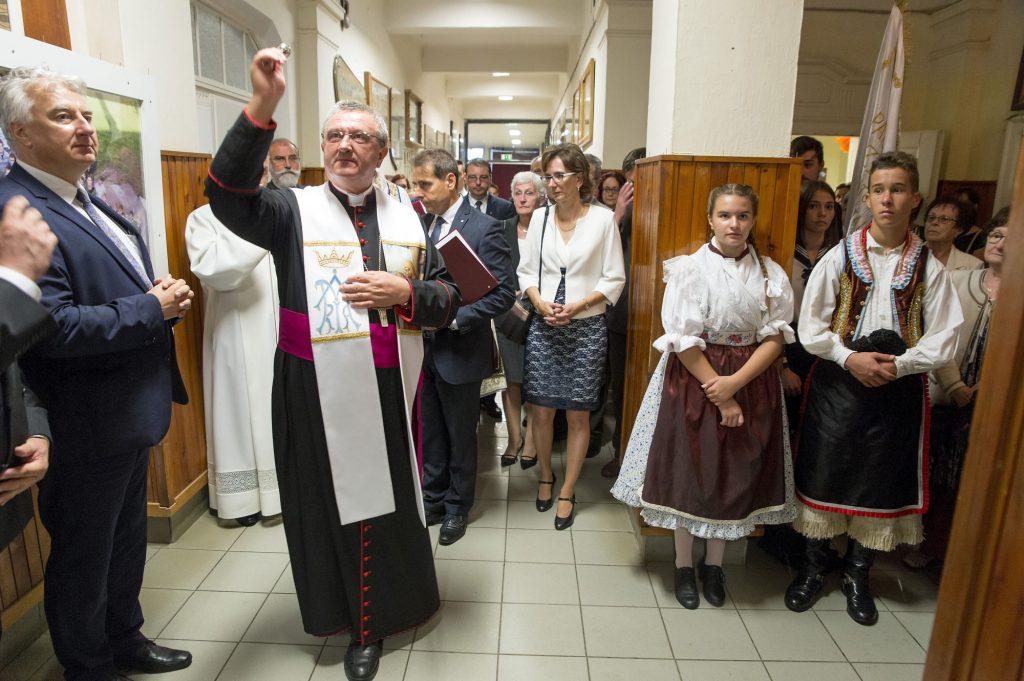 Anzahl kirchlicher Schulen seit 2010 verdoppelt post's picture