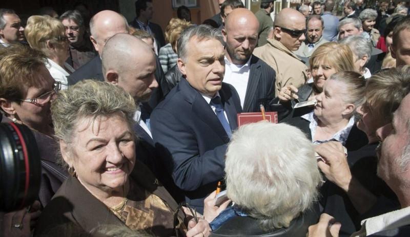 Orbán schickt Briefe an alle Rentner
