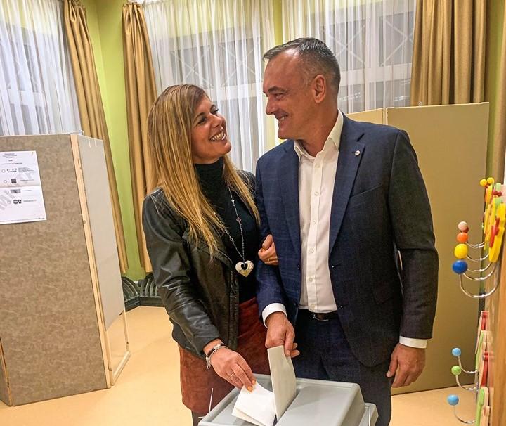 Trotz Skandal Borkai wiedergewählt