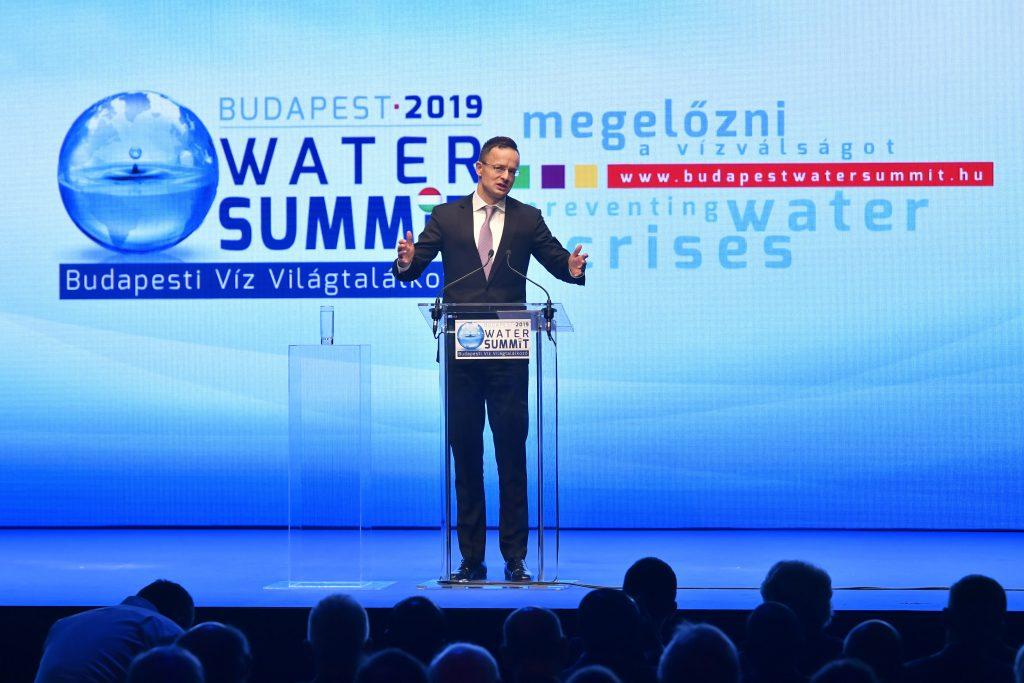 """Wassergipfel – Szijjártó: """"Wir haben keine Jahrzehnte um die Probleme zu lösen"""""""