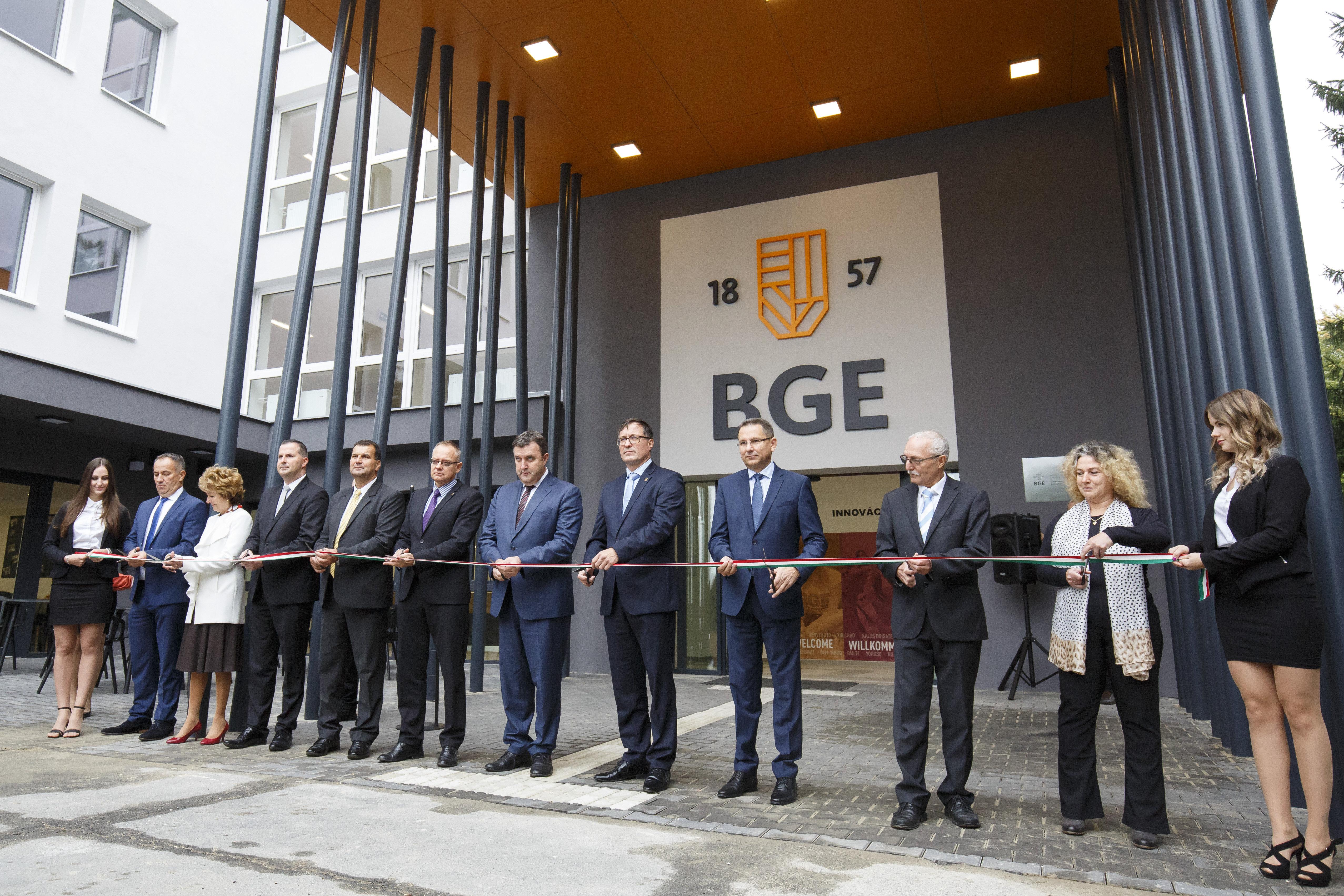 Innovations- und Wissenszentrum in Zalaegerszeg eröffnet post's picture