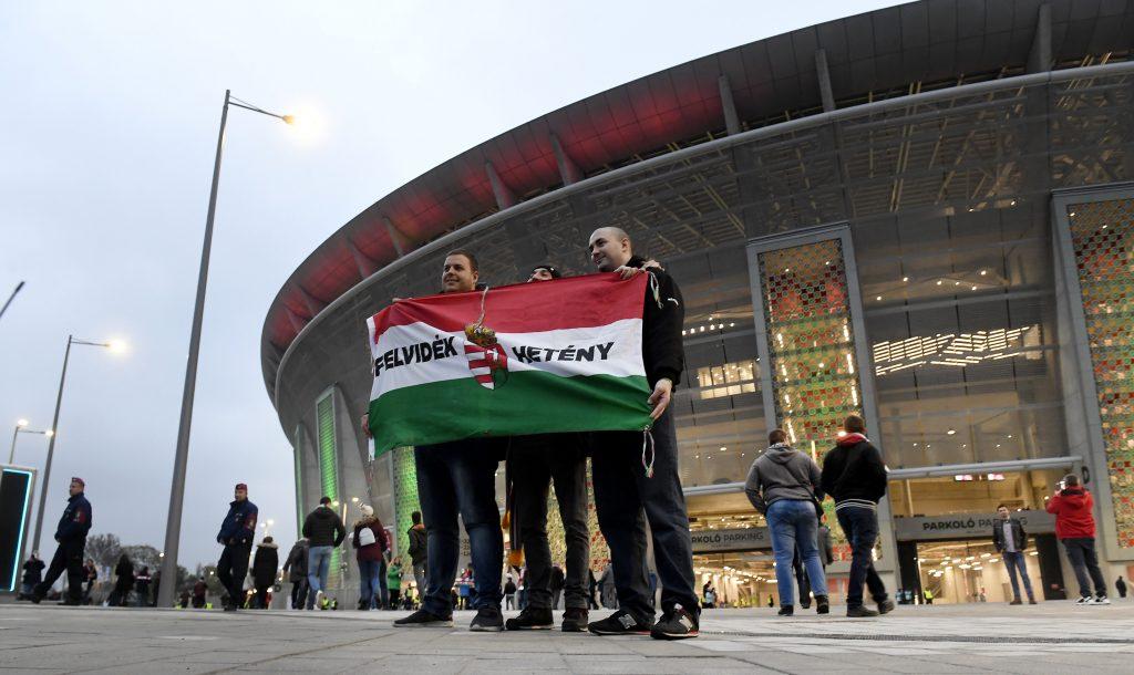 EURO 2020: Verkehr der Fans in Budapest unterstützt post's picture