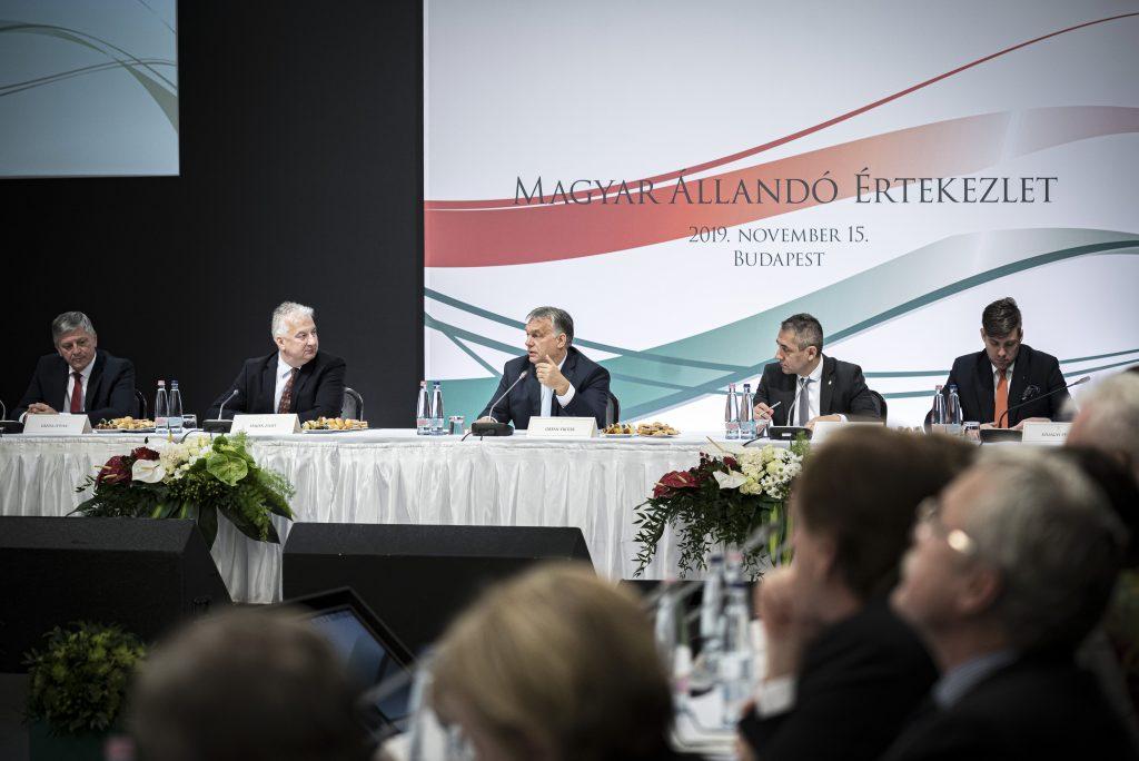 """Ethnische Ungarn am besten vertreten durch """"rein"""" ethnische ungarische Parteien"""