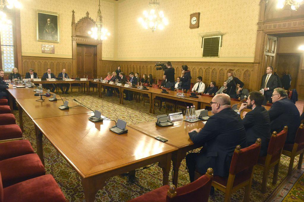 Zeit für den ukrainisch-ungarischen Dialog