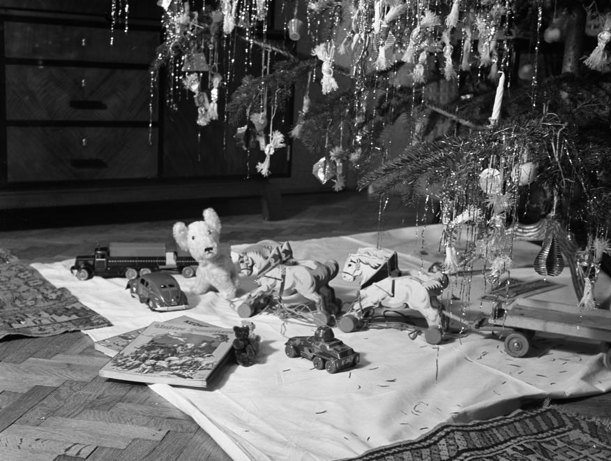 Salonzuckerl: Geschichte einer Süßigkeit, die an jedem ungarischen Weihnachtsbaum hängt post's picture