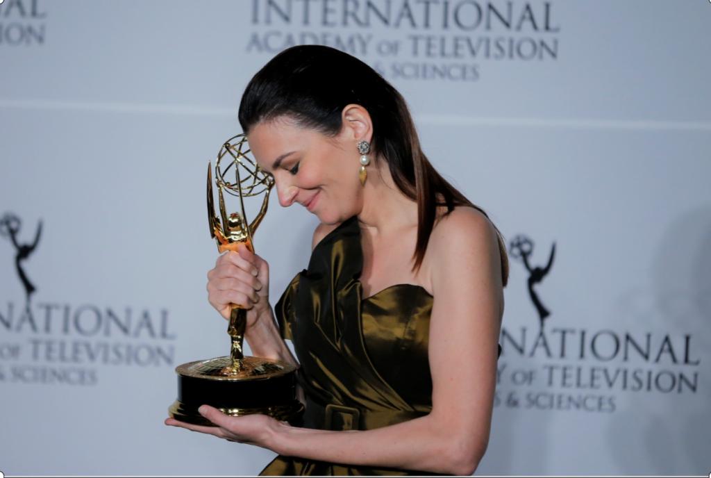 Emmy Preis geht an ungarische Schauspielerin Marina Gera