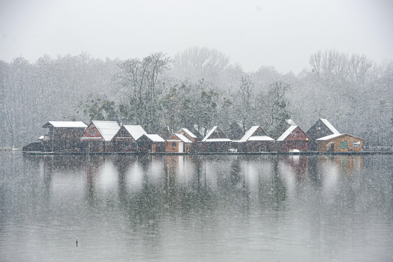 Erster Schnee ist zauberhaft, bringt aber Verkehrsprobleme post's picture