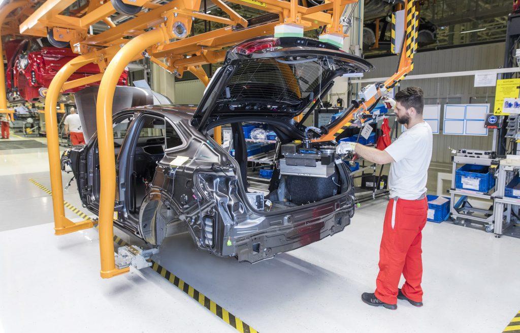 Premiere in Ungarn: Audi Hungaria startet Produktion von Mild-Hybrid-Modellen post's picture