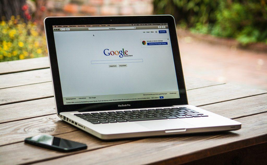 Top Google Searches in Ungarn: Kommunalwahlen, Andy Vajna und Notre Dame