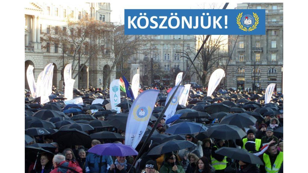 """Lehrer-Demo in Budapest: """"Höhere Löhne, weniger Belastungen!"""" post's picture"""