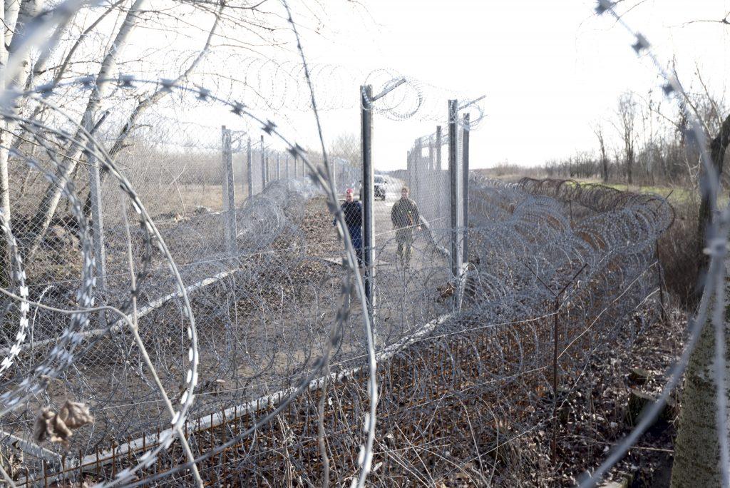 Strafverfahren gegen 5, in Röszke inhaftierte Migranten eingeleitet