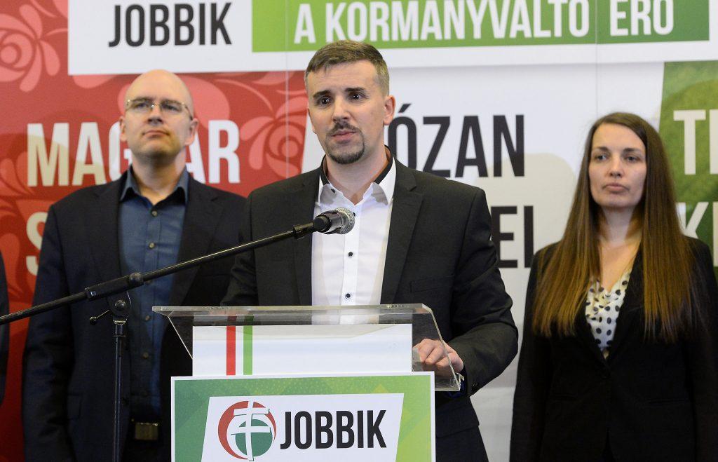 Péter Jakab zum Jobbik-Präsident gewählt und verspricht meritokratisch organisierte Partei