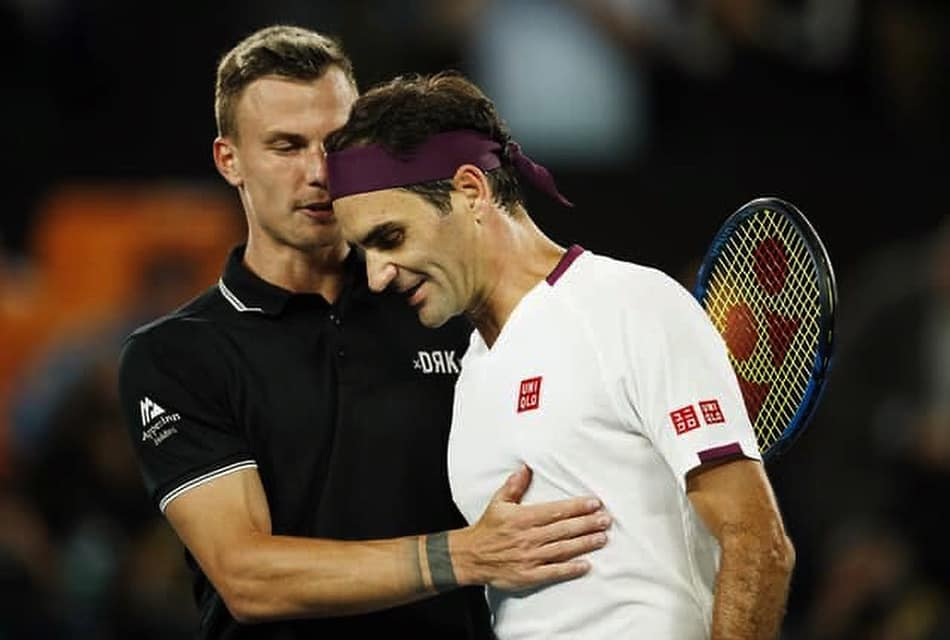 Fucsovics holte den ersten Satz, danach gewann Federer zuversichtlich post's picture