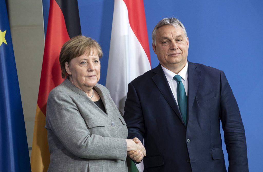 EU-Haushaltspaket: Angela Merkel will eine Lösung für das ungarische und polnische Veto finden