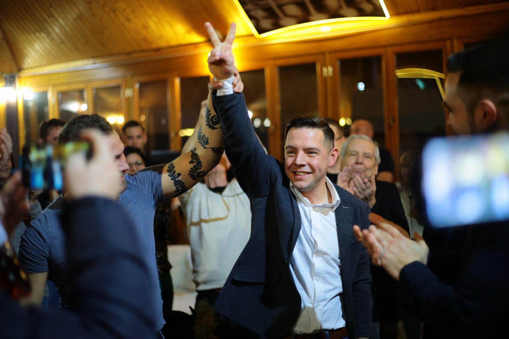 Gemeinsamer Oppositionskandidat gewinnt Nachwahl in Dunaújvaros post's picture