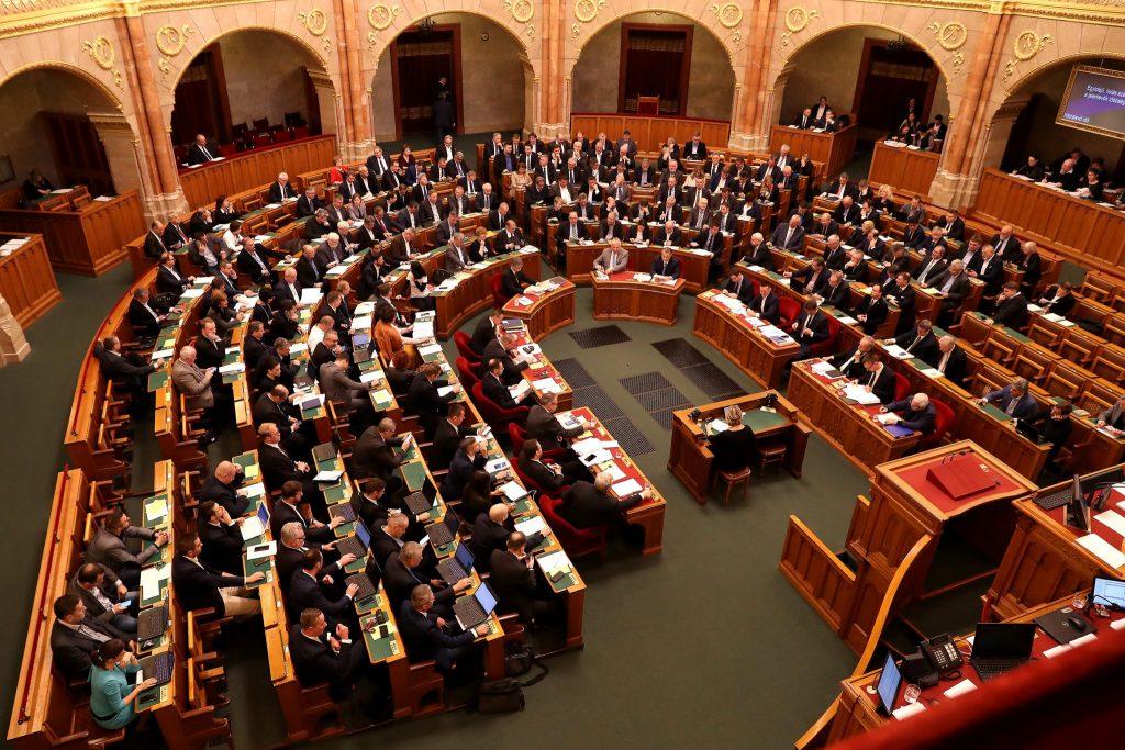 Budapost: Weckruf Richtung Opposition