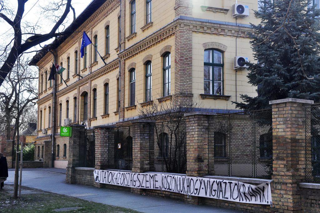 Ungarn weist weitere 13 iranische Studenten aus post's picture