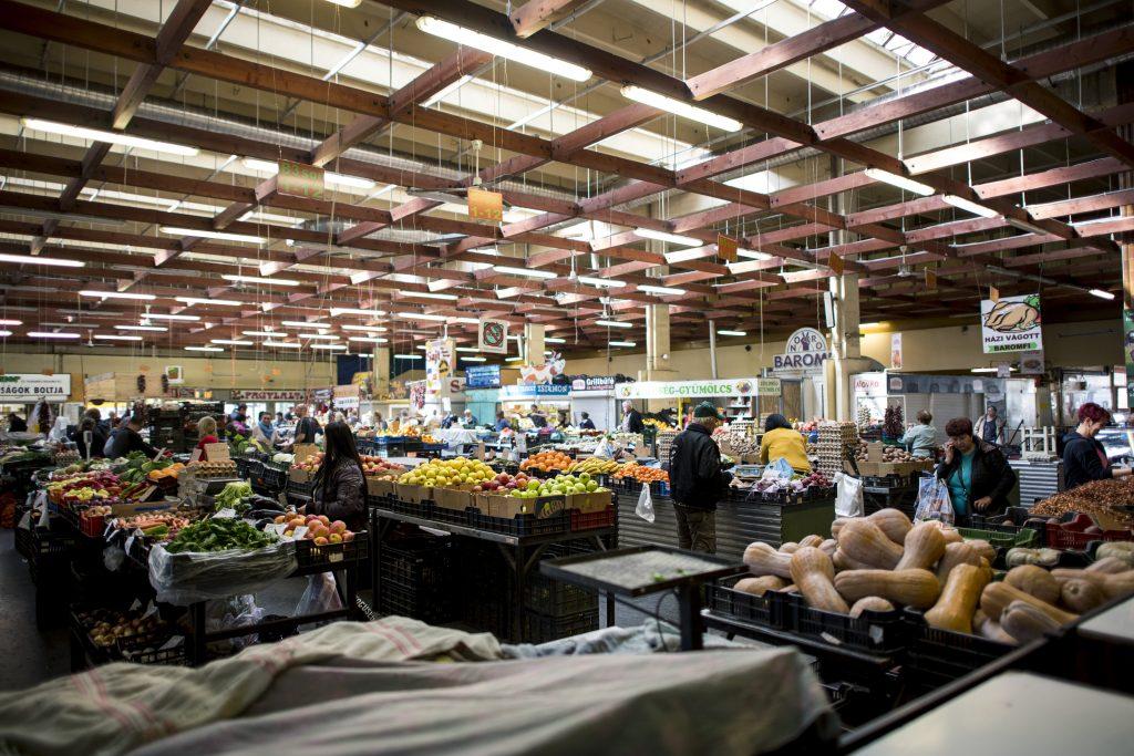 Opposition will die Grundnahrungsmittelpreise einfrieren post's picture