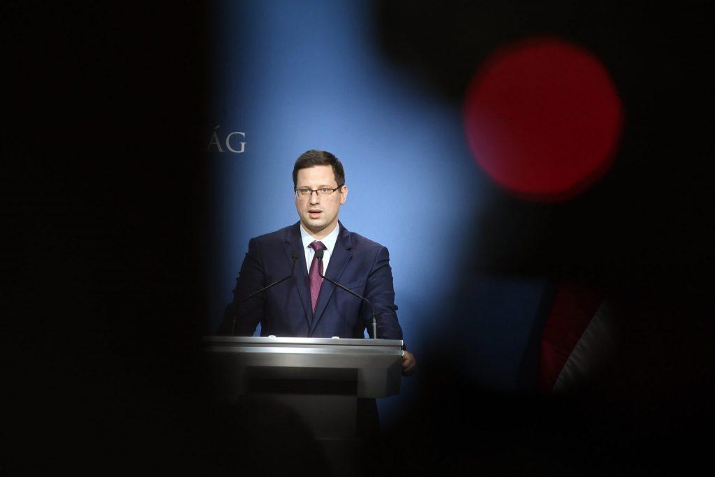 Kanzleramtsminister: Verlängerung des Ausnahmezustands entscheidend post's picture