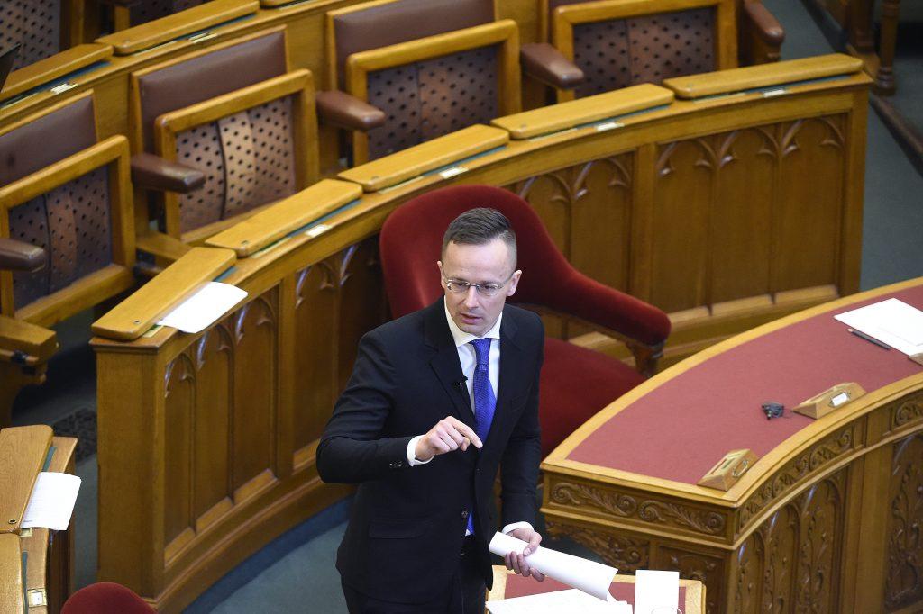 Ungarn blockiert NATO-Ukraine-Treffen, bis ein Abkommen über Minderheitenrechte erzielt wird