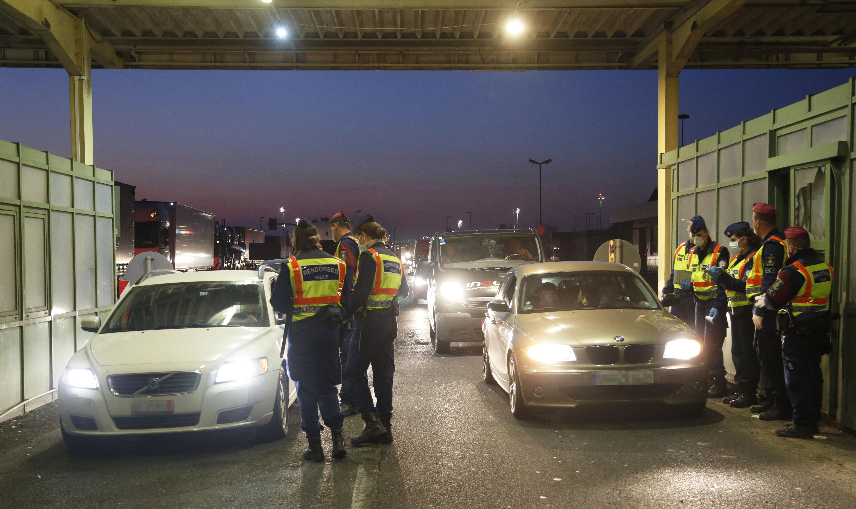 Einreisebeschränkungen: Aktuelle Lage und Info-Updates post's picture