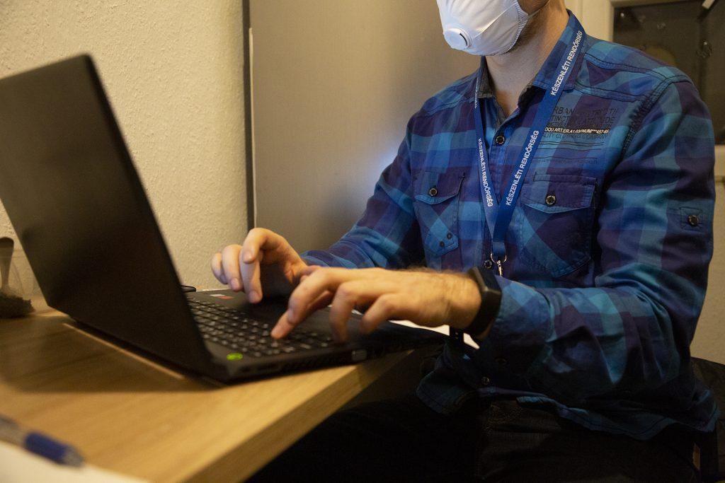 Coronavirus: Polizei verhaftet Youtuber wegen Verbreitung von Fake News post's picture