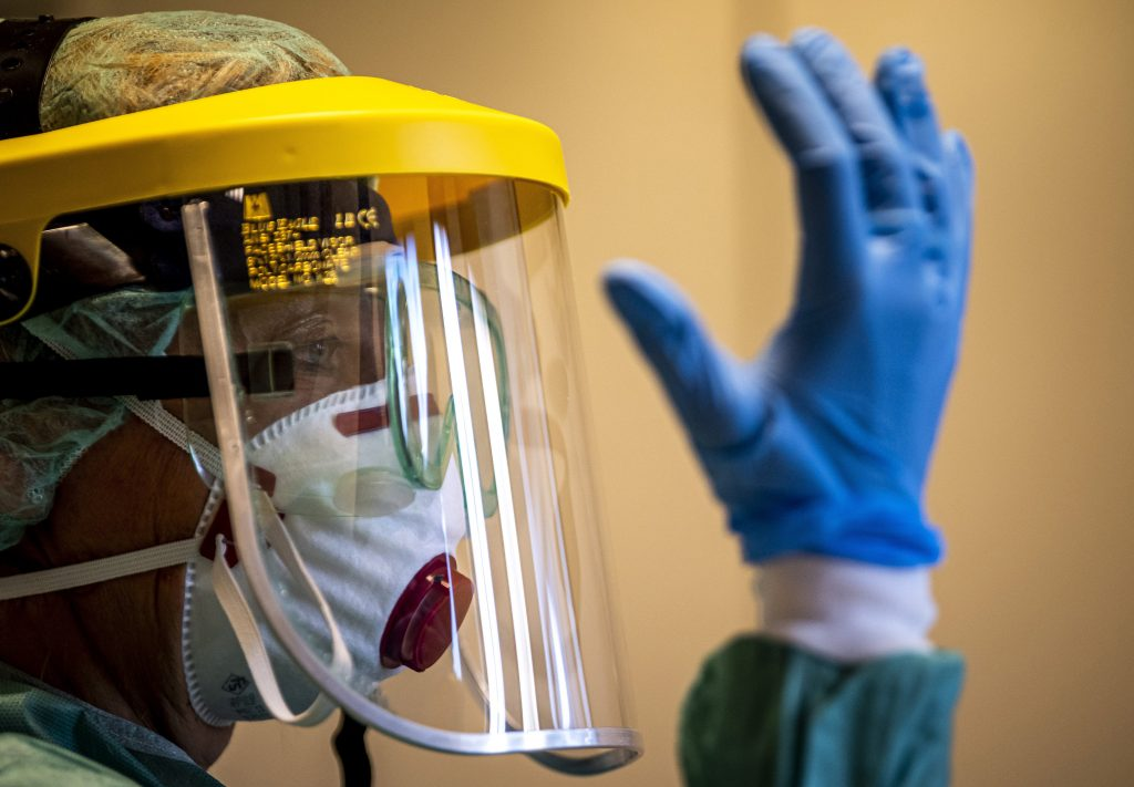 Facharzt erwartet Höhepunkt der Pandemie im Mai