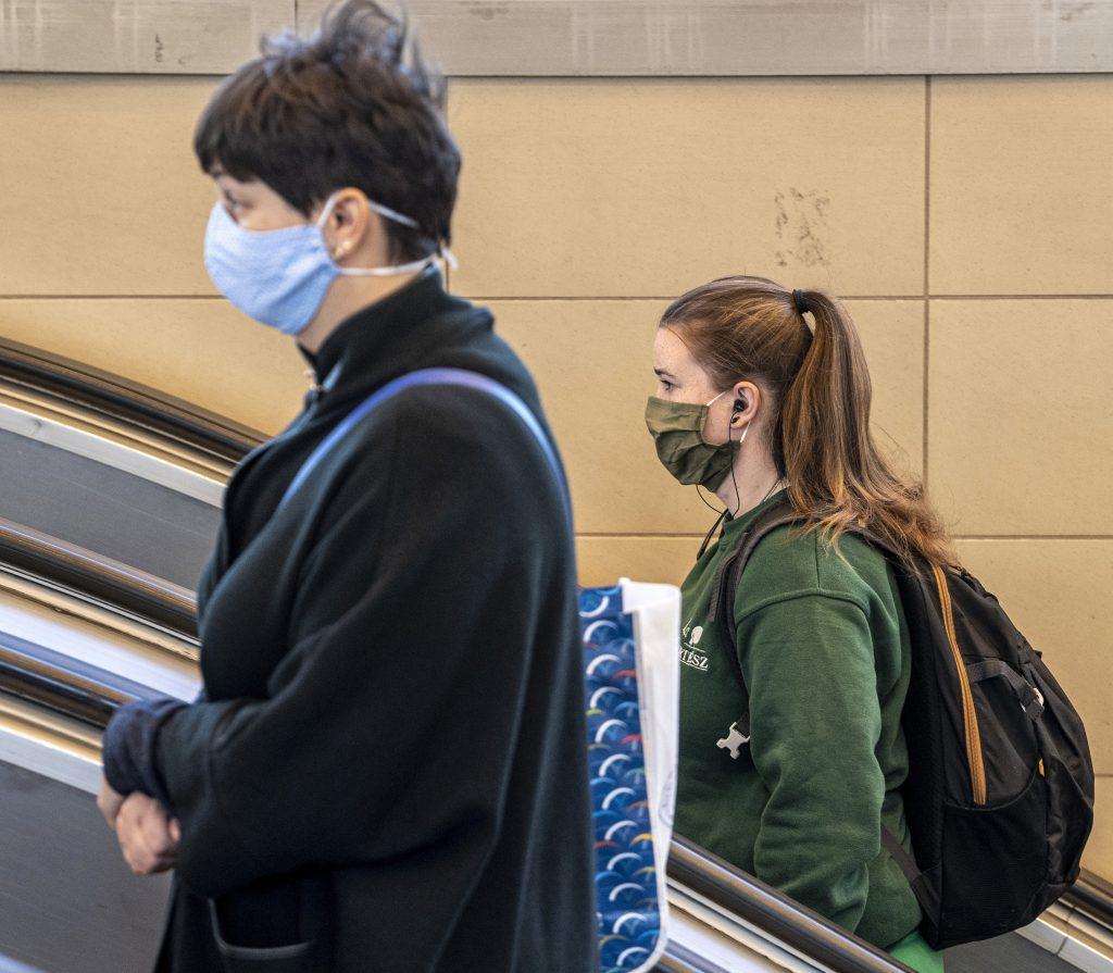 Oppositionelle Jobbik würde Maskenpflicht einführen post's picture