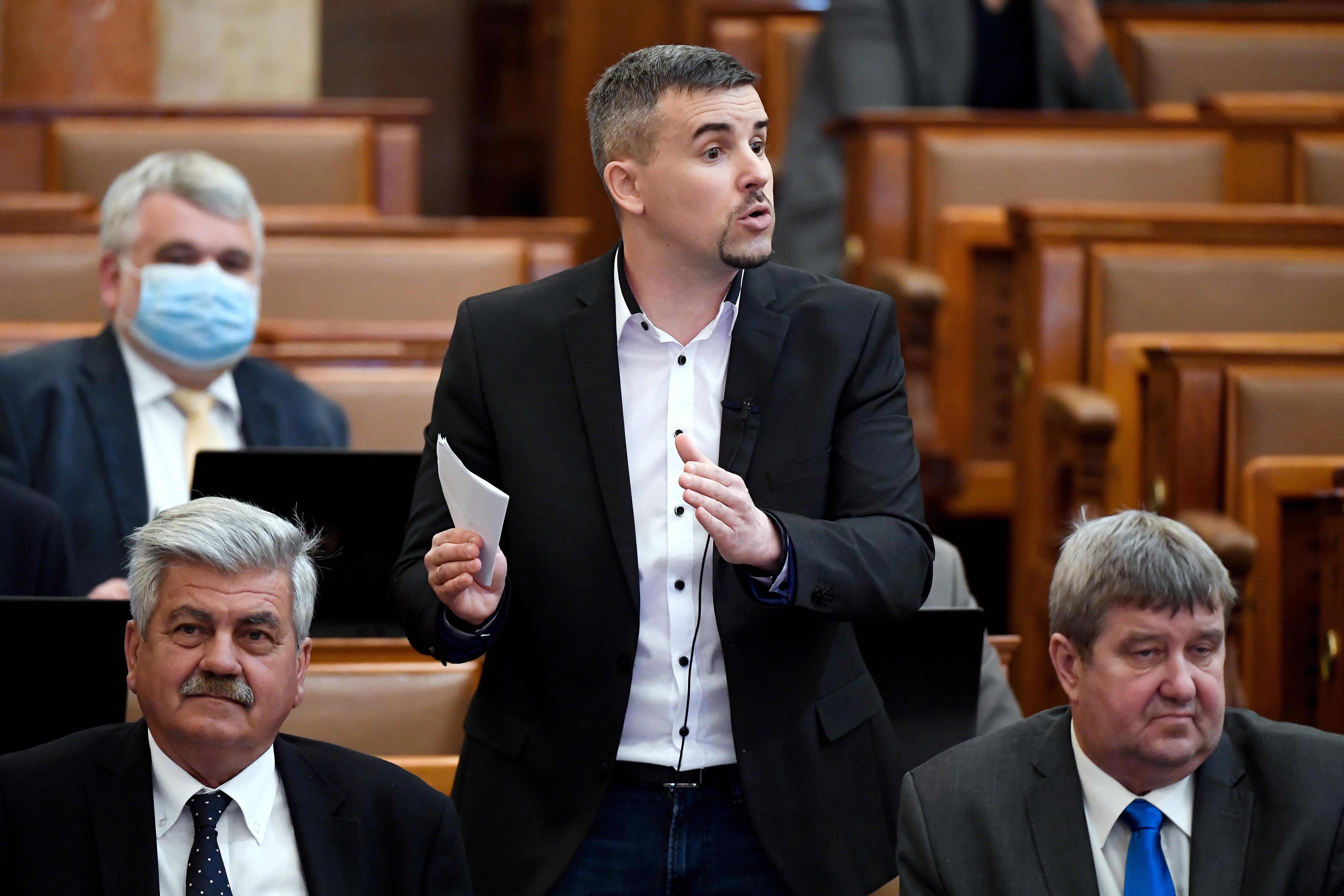 Umfrage über Vorwahlen der Opposition: Jakab führt, Karácsony ist Dritter