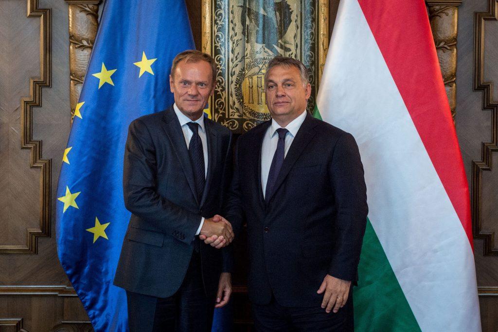 13 EVP-Parteien fordern Fidesz-Ausschluss