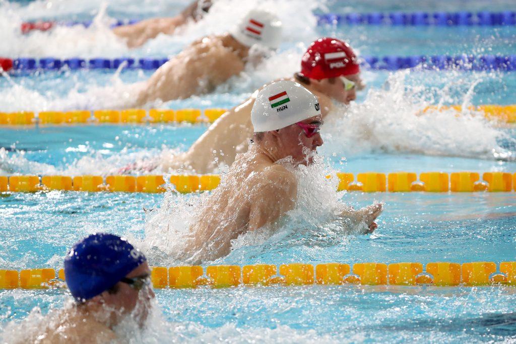 Neun ungarische Schwimmer an Coronavirus erkrankt post's picture