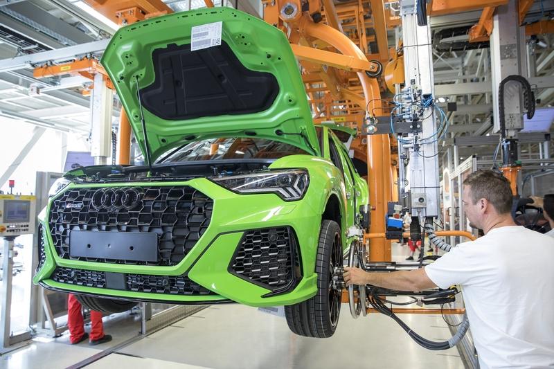 Neustart in Ungarn: Audi und Opel nehmen Produktion wieder auf