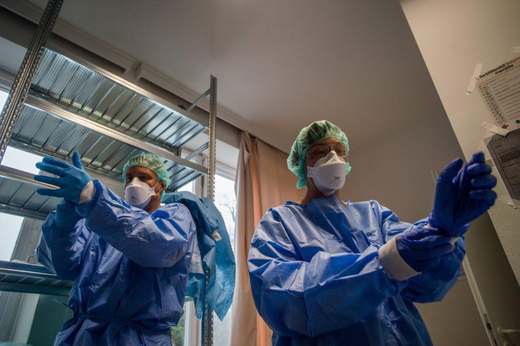 Coronavirus: Weitere 12 Patienten starben, 79 Neuinfizierte